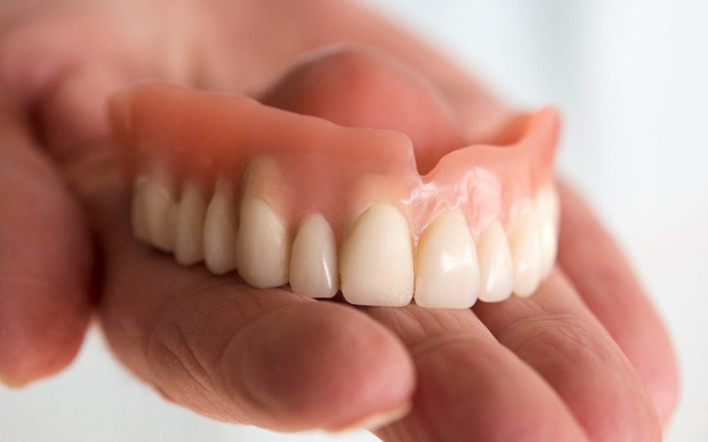 traditional-dentures-houston-77090